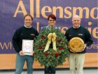 Mark Tayor MD, Vicky Thornton, wreath designer, Brian Taylor MD